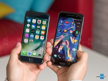 HTC 10 do suc iPhone 7: Thiet ke dep, nhung kem hieu suat - Anh 11
