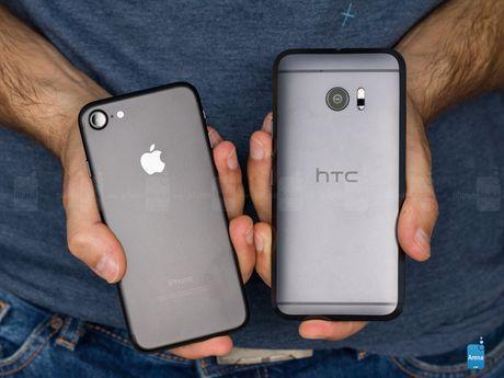 HTC 10 do suc iPhone 7: Thiet ke dep, nhung kem hieu suat - Anh 12