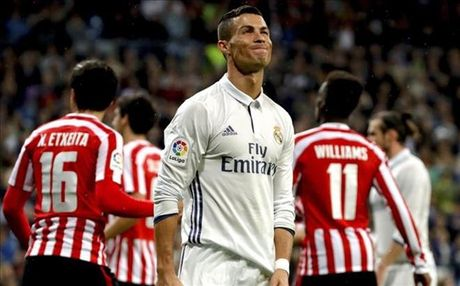 Sau vong 9 La Liga: Su tuong phan giua Ronaldo va Messi, Real va Barca - Anh 1