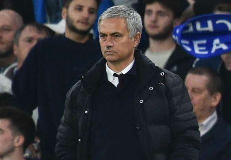 Du am Chelsea 4-0 M.U: 'Ke len voi, nguoi xuong cho' - Anh 1