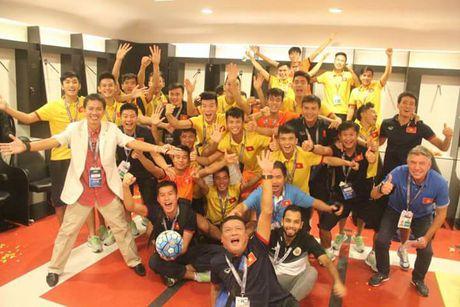 U19 Viet Nam vo oa niem vui khi gianh ve di U20 the gioi - Anh 1