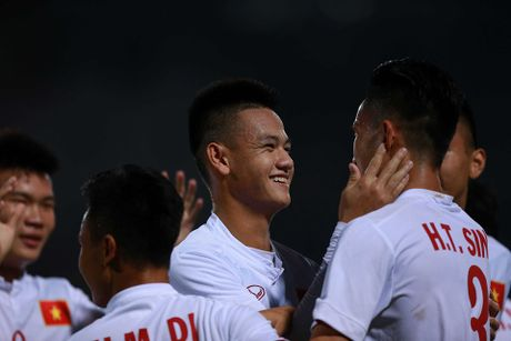 U19 Viet Nam vo oa niem vui khi gianh ve di U20 the gioi - Anh 6