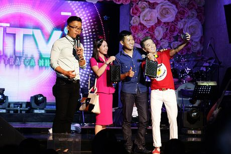Dam Vinh Hung keu goi duoc hon 700 trieu ung ho mien Trung - Anh 3