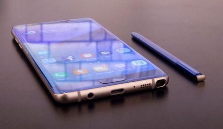 Samsung gian tiep xac nhan se san xuat Galaxy Note 8 - Anh 1