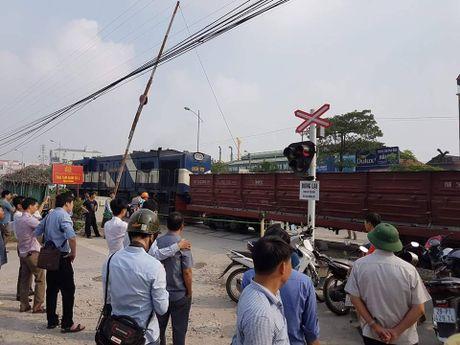 Thu tuong ra cong dien khac phuc hau qua vu TNGT dac biet nghiem trong tai Ha Noi - Anh 1