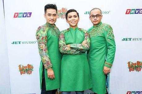 """Lang Hai Mo Hoi: """"Hai hanh hinh"""" Xem Cuoi doi dau """"hai hoat hoa"""" Di Dom - Anh 4"""