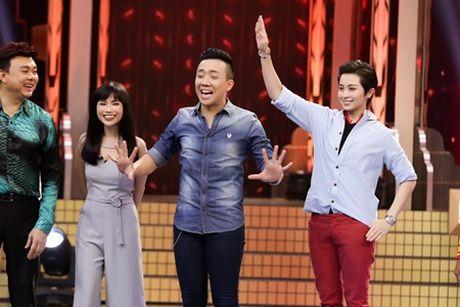 """Gil Le """"song tau hop bich"""" voi nghe si Chi Tai, """"pha dao"""" san khau - Anh 4"""