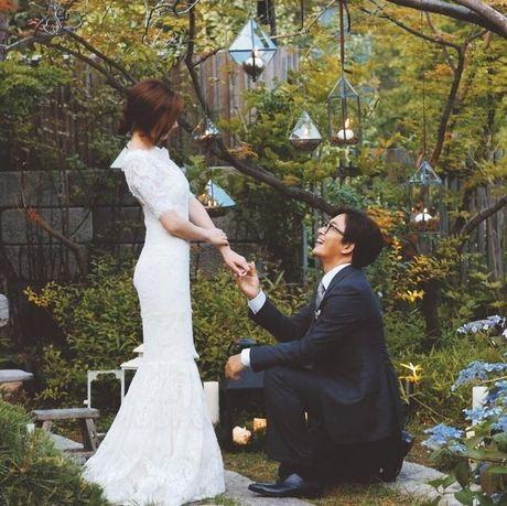 Vo Bae Yong Joon sinh con trai dau long - Anh 1