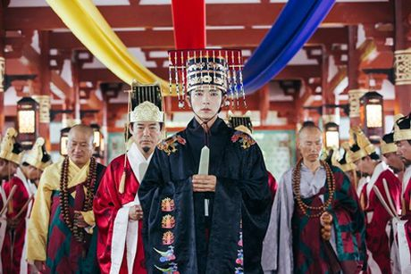 Nguoi tinh anh trang tap 17: Lee Jun Ki len lam vua, ngu thiep trong long IU - Anh 1