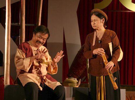 NSUT Duc Hai: San khau kich Viet Nam dang phai canh tranh gay gat - Anh 2