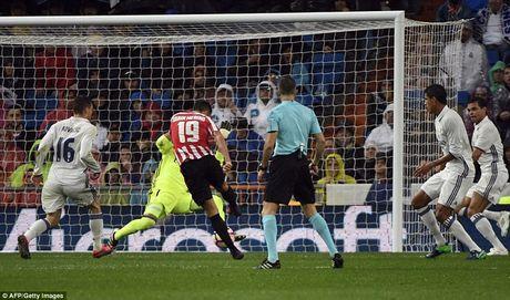 Real Madrid gianh vi tri dau bang La Liga - Anh 1