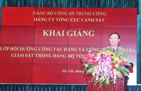 Tong cuc Canh sat khai giang lop boi duong cong tac Dang - Anh 1