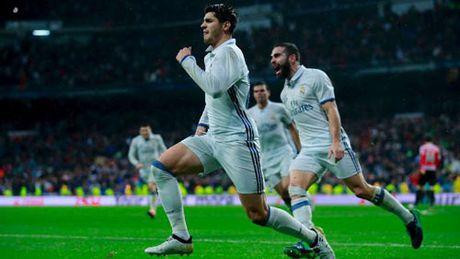 """Real: Ronaldo """"tit ngoi"""", Zidane chang ban tam - Anh 1"""