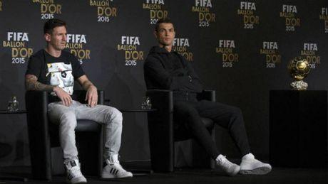 Ronaldo dan dau 5 ung vien dau tien tranh QBV 2016 - Anh 5