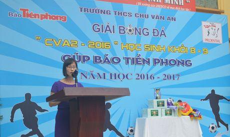 Trao giai bong da cup bao Tien Phong - Anh 1