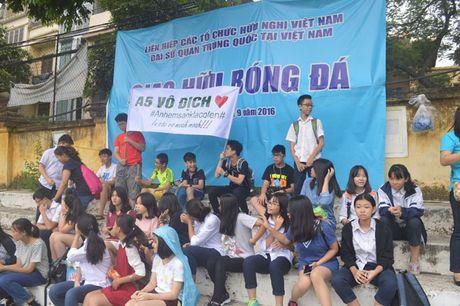 Trao giai bong da cup bao Tien Phong - Anh 6