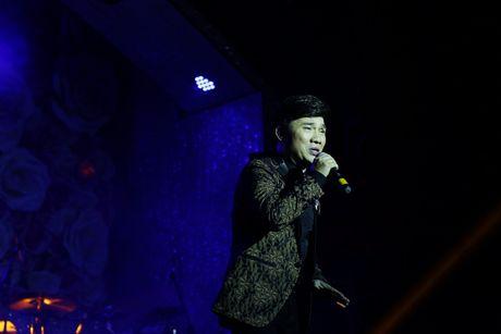 Dam Vinh Hung ban tui hang hieu ung ho dong bao mien Trung - Anh 3
