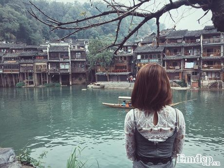 Hot girl Mai Chi chia se kinh nghiem du lich Phuong Hoang Co Tran - Anh 9