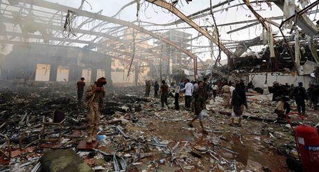 Anh huan luyen phi cong Saudi tham gia danh bom Yemen - Anh 1