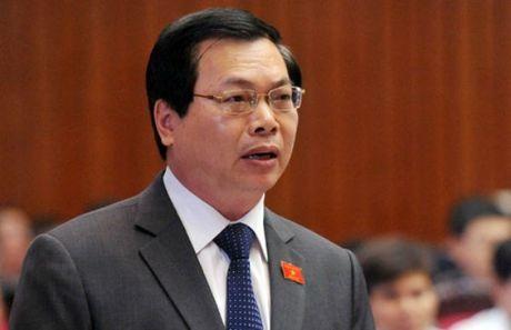 UBKT Trung uong: Nguyen Bo truong Vu Huy Hoang vi pham luat, co bieu hien vu loi - Anh 1