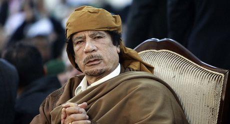 Ong Gaddafi bi lat do vi du an lap dong tien chung chau Phi? - Anh 1