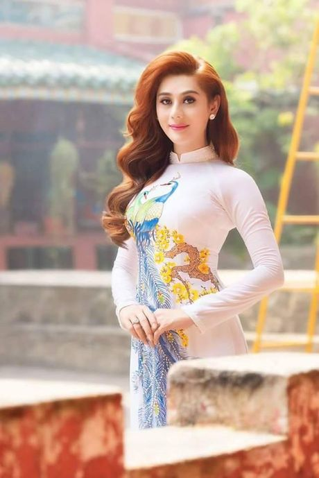 Khong con nhan ra hai tu 'chuyen gioi' voi nhan sac hien tai cua Lam Khanh Chi - Anh 5