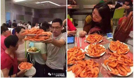 Vi sao khach Trung Quoc thuong cu xu tho lo khi di du lich? - Anh 2