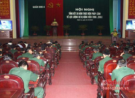 Quan khu 4: Tang Bang khen cho 55 tap the va 34 ca nhan - Anh 1