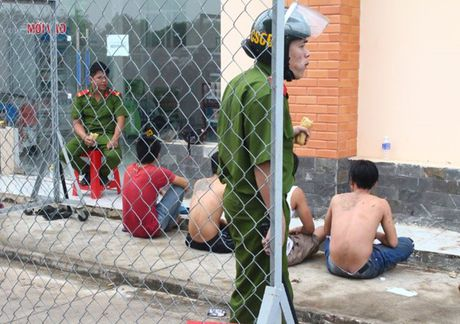 Truy bat hang tram hoc vien cai nghien vuot trai tai Dong Nai - Anh 1
