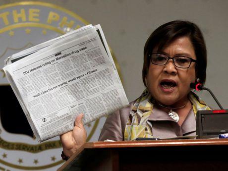 Thuong nghi si Philippines keu goi toa an quoc te dieu tra Tong thong Duterte - Anh 1