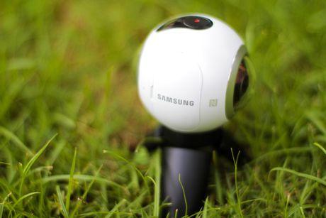 Mo hop Samsung Gear 360 gia 6,9 trieu dong tai Viet Nam - Anh 5