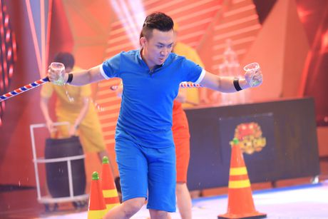 Tran Thanh nhac lai su co bi truc xuat khoi My o game show - Anh 6