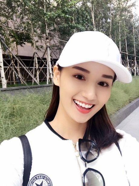 Khanh Thi - Phan Hien ham nong tinh yeu, hon nhau giua bien - Anh 10