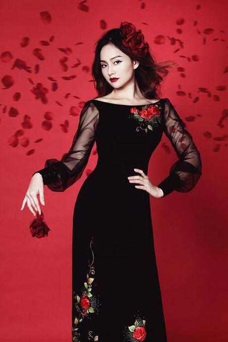 Lan Phuong dep ma mi trong bo anh ao dai Halloween - Anh 1