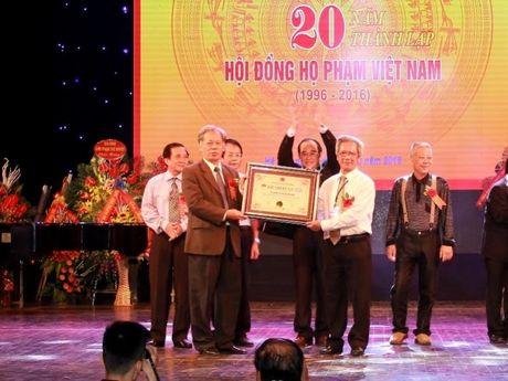 Ho Pham Viet Nam ky niem 20 nam ngay thanh lap - Anh 2