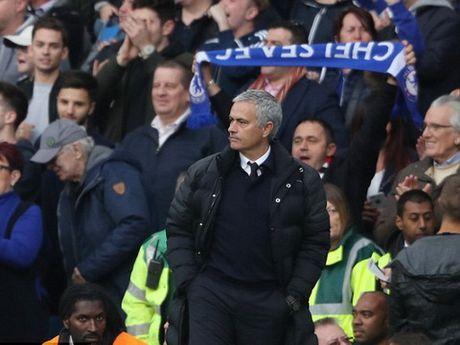 Man United thua tan nat Chelsea: Mourinho & dinh cao cua su bat luc - Anh 5
