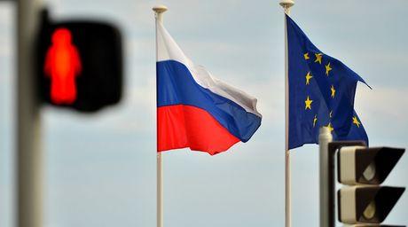 Cac nuoc doi tac cua EU gia han lenh trung phat Nga - Anh 1