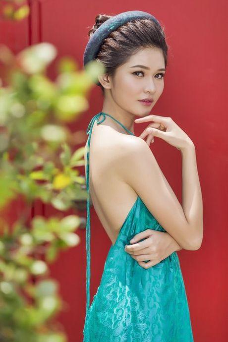 A hau Viet Nam 'gay thuong nho' voi ao yem, lung tran - Anh 1