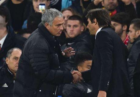Mourinho tiep tuc bi du luan len an - Anh 1