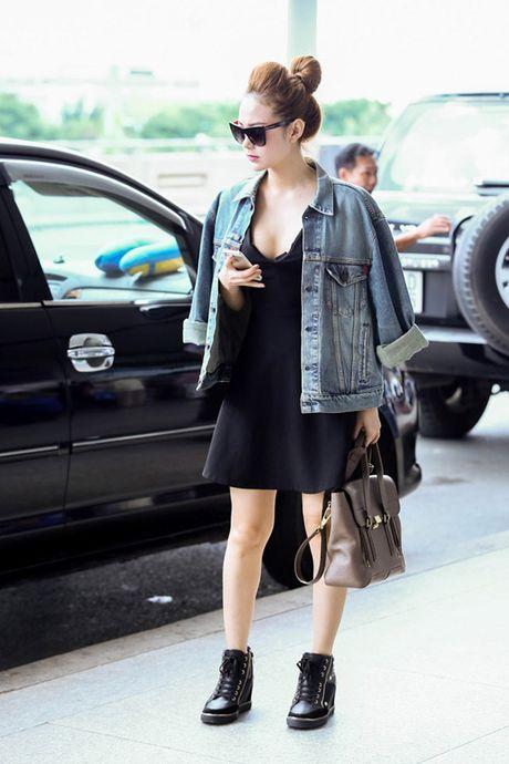Dinh cao mac denim jacket cua cua Pham Huong, Hoang Thuy Linh la day - Anh 6