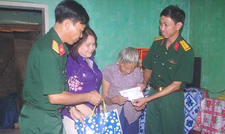 10 nam Trung tam Huan luyen Quan su Quoc gia 2 - Anh 1