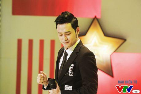 """Muon mau showbiz: Quang Vinh """"dai"""" fan Ha Noi voi loat hit cu - Anh 2"""
