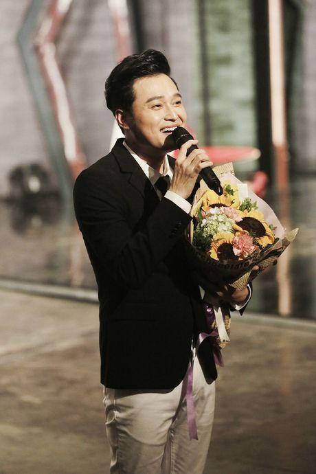 """Muon mau showbiz: Quang Vinh """"dai"""" fan Ha Noi voi loat hit cu - Anh 5"""