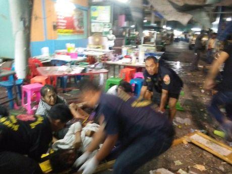 Thai Lan: No bom tai cho dem, 19 nguoi thuong vong - Anh 2