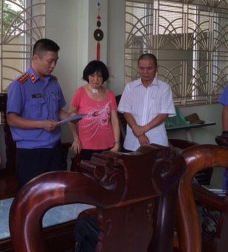 Bat nguyen Chi cuc truong thi hanh an gay that thoat hon 2 ti dong - Anh 1