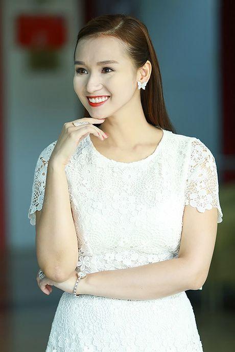 Sao Viet 'xau te' vi loi trang diem ngo ngan - Anh 4