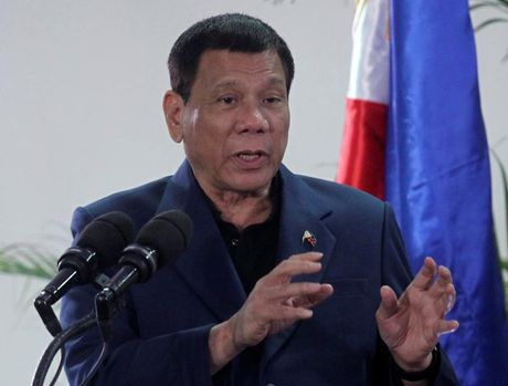 Duterte 'diu giong' voi My truoc khi tham Nhat - Anh 1