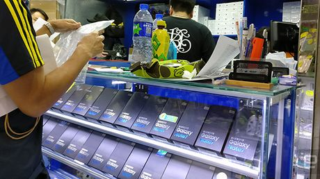 Muon mua Galaxy Note 7 - hay den Hong Kong - Anh 1