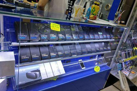 Muon mua Galaxy Note 7 - hay den Hong Kong - Anh 2