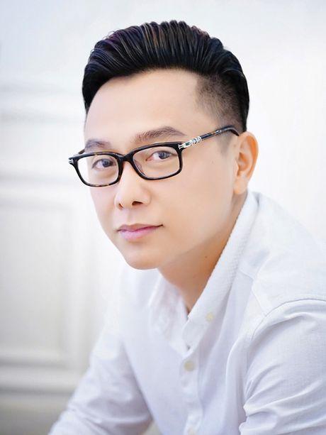 NTK Cong Tri he lo BST se trinh lang tai Vietnam International Fashion Week - Anh 1
